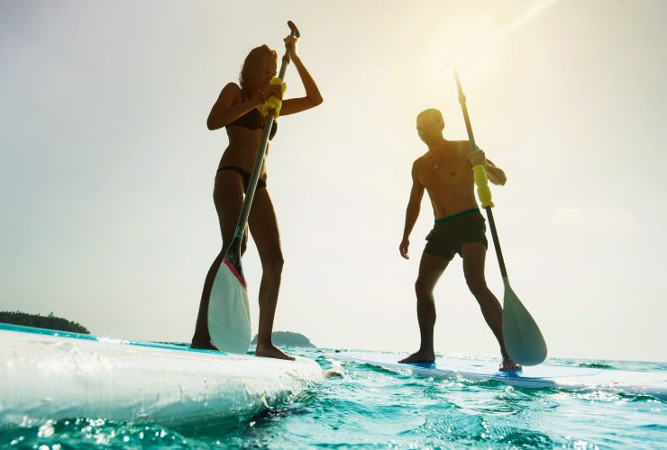 how many calories does paddle boarding burn