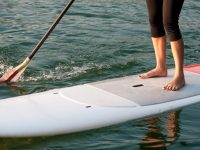 How to Paddle Board: 7 Tips for Beginners